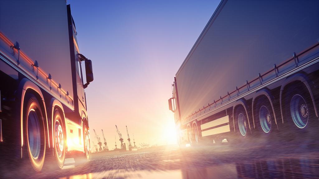 精密機械輸送や化学薬品輸送は弊社にお任せください!